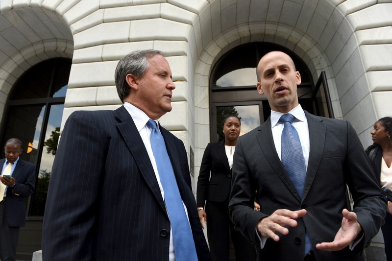 Attorney General Ken Paxton and Solicitor General Scott Keller after oral arguments on the voter ID case before the U.S. 5th Circuit of Appeals in New Orleans on May 24, 2016. Photo by Cheryl Gerber for The Texas Tribune.