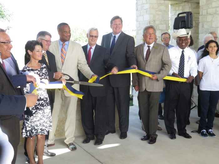 Ribbon cutting for a new building at Alamo Colleges' Central Texas Technology Center in New Braunfels Texas. Photo by Daniel Kleifgen