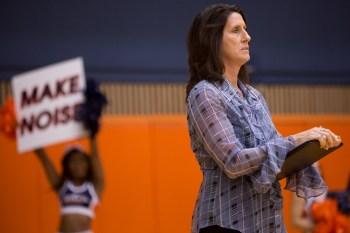 UTSA Volleyball Head Coach Laura Neugebauer-Groff watches closely as UTSA plays Texas Tech. Photo by Scott Ball.