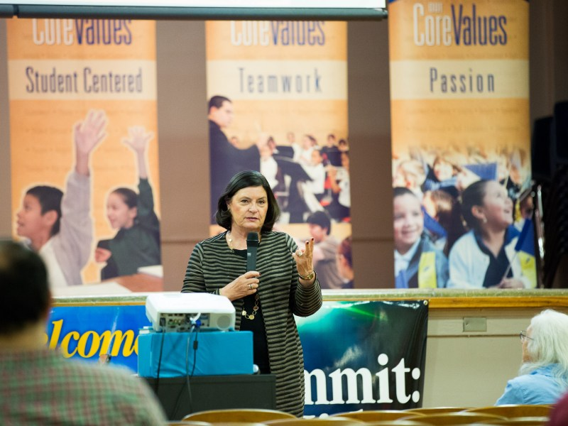 International dual language expert Dr. Kathy Escamilla speaks about the benefits of dual-language instruction.