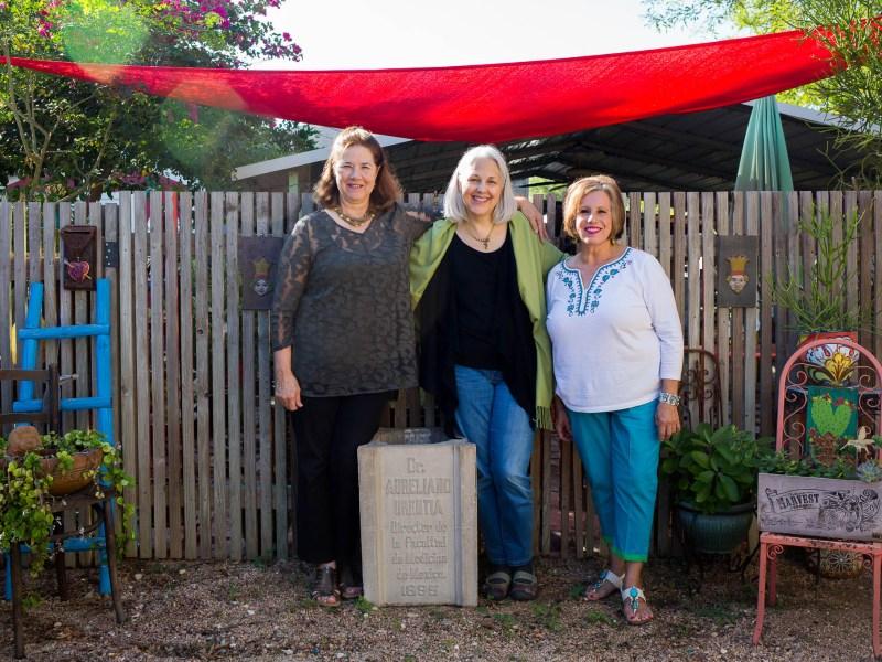 From left: Executive Director of the Brackenridge Park Conservancy Lynn Bobbitt, the great granddaughter of Doctor Aureliano Urrutia Elise Urrutia, and local artist Pat Jimenez.
