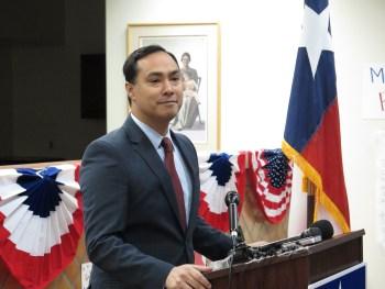 U.S. Rep Joaquín Castro urges San Antonio voters to support Democratic presidential nominee Hillary Clinton.
