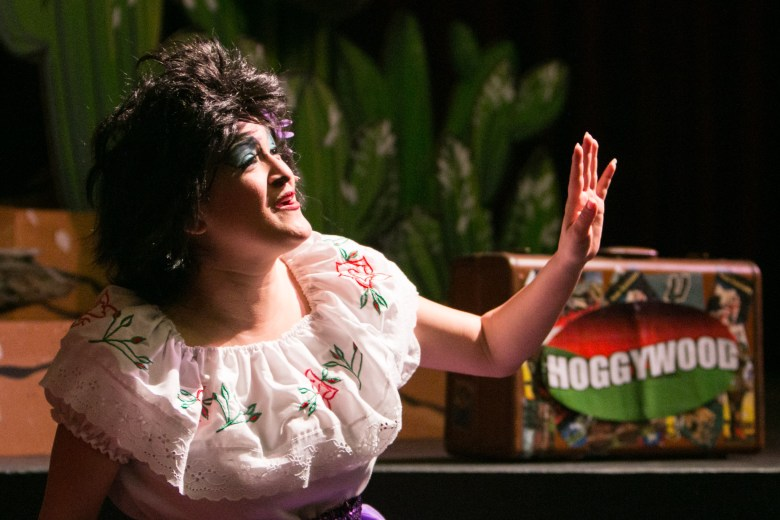 """Magik Theatre actress Jovi Lee arrives in Hoggywood in the sensory-friendly performance of """"The Three Javelinas."""""""