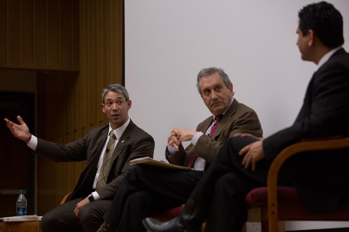 Ron Nirenberg disagrees with Manuel Medina's beliefs regarding regional rail transportation.