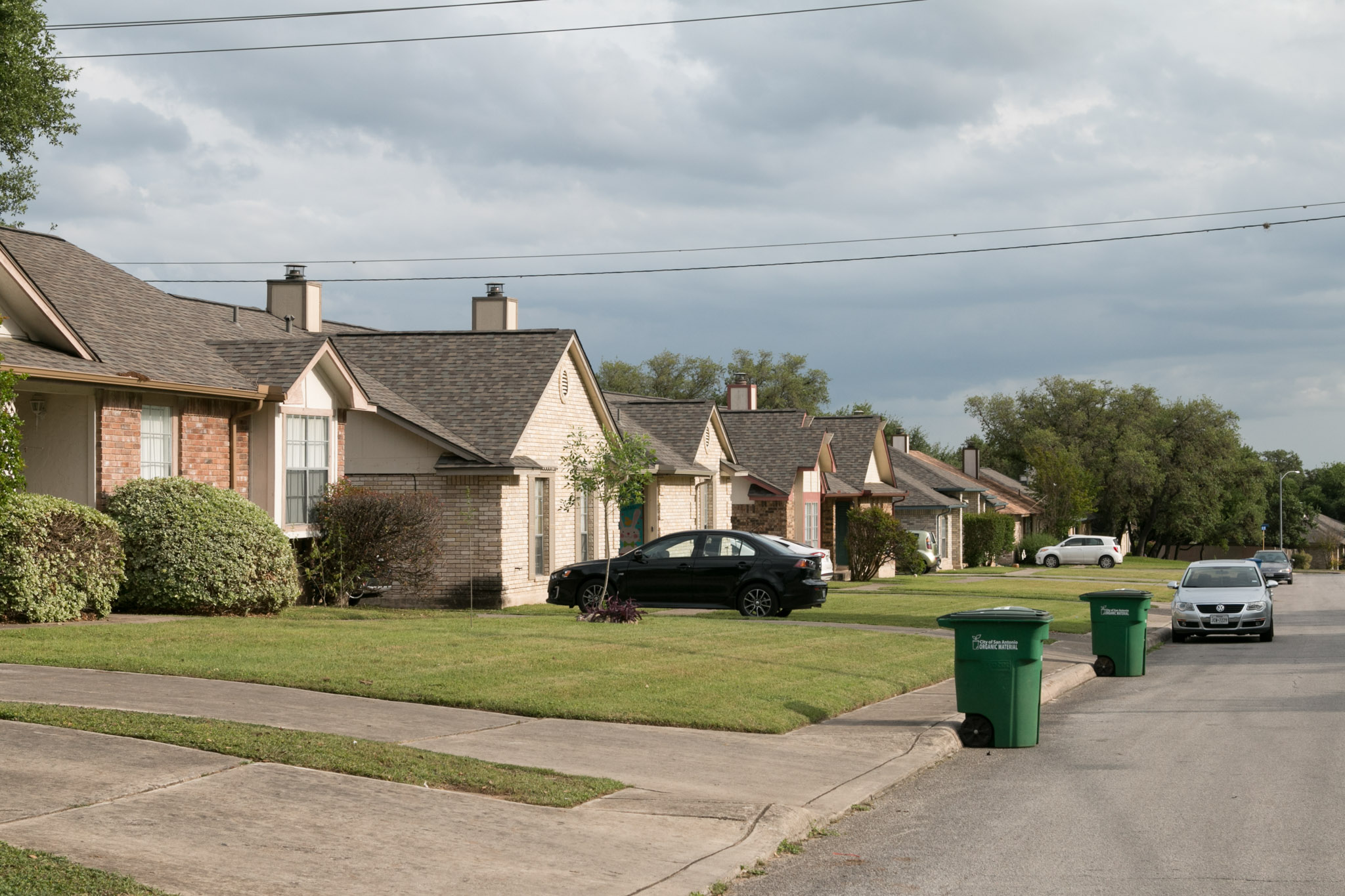 Suburban homes line a neighborhood in District 6.