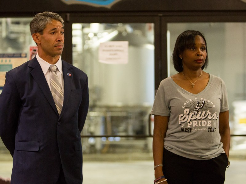Councilman Ron Nirenberg (D8) and Mayor Ivy Taylor (right) answer questions from the Lavaca Neighborhood Association.