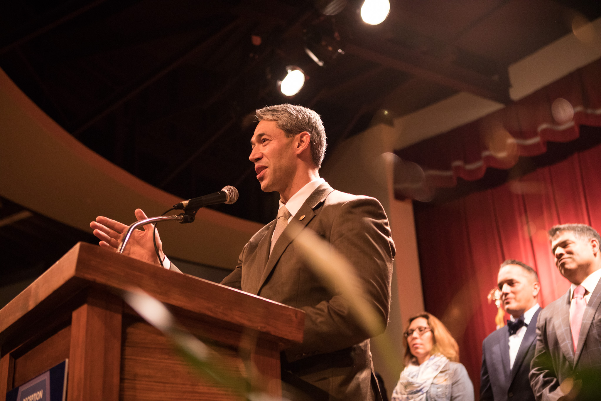 Mayor Ron Nirenberg addresses the crowd at the reception honoring San Antonio's 2017 City Council leadership at the Pearl Stable.