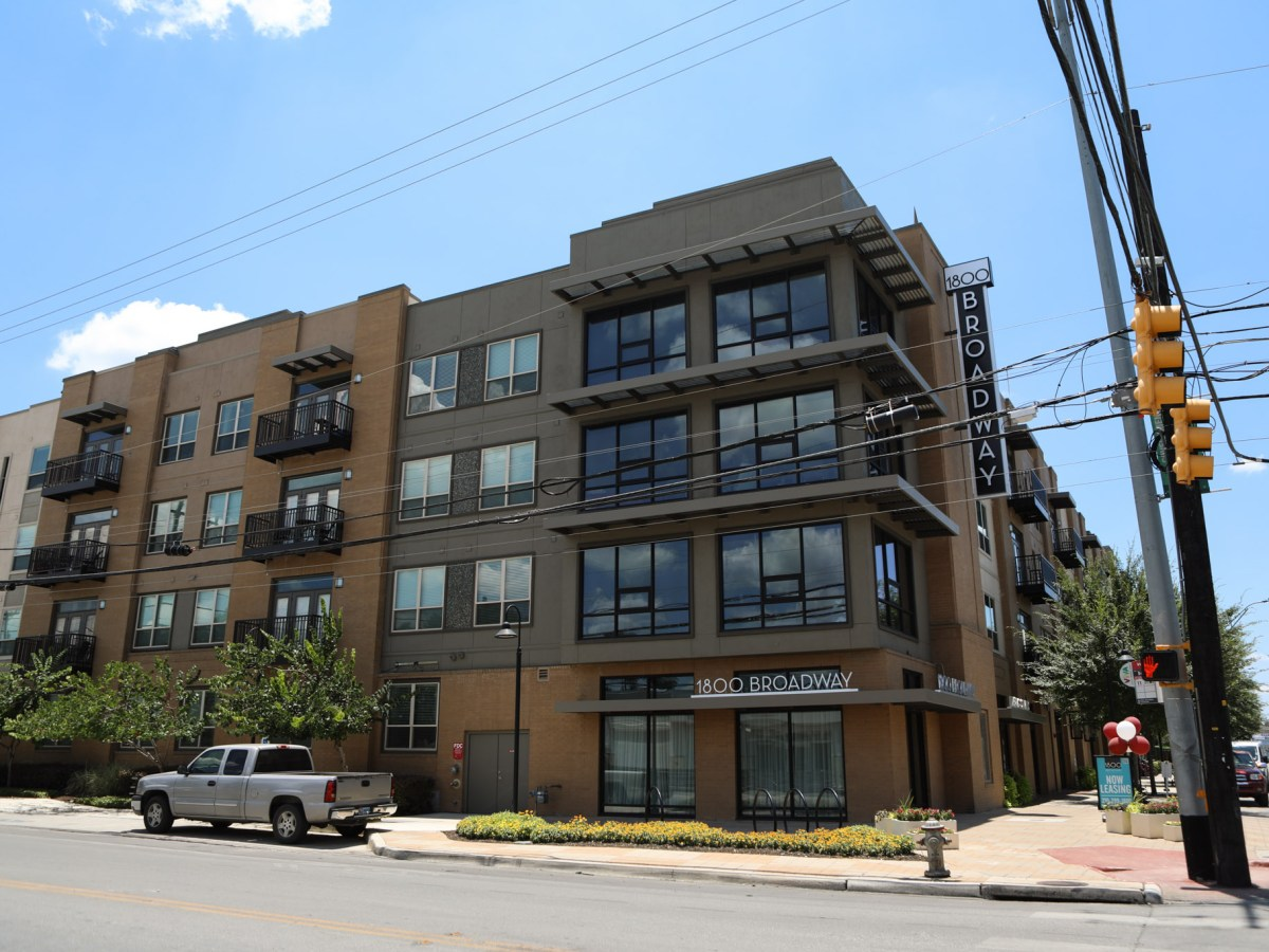 Owners and managers of 1800 Broadway apartments are preparing to fight a major mold problem.