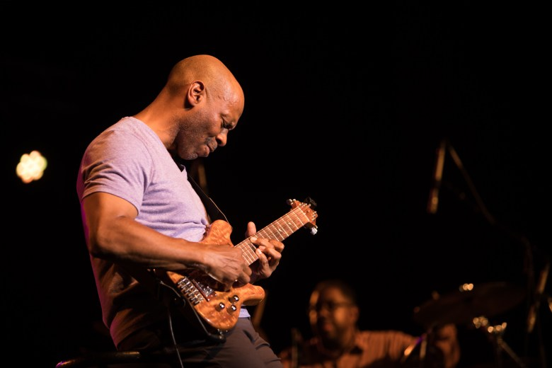 Kevin Eubanks performs as the headliner at Jazz'SALive 2017.