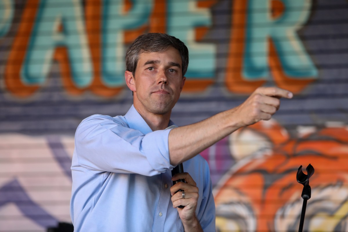 U.S. Rep. Beto O'Rourke (D-El Paso), hosts a meet-and-greet campaign event with San Antonio community members at Paper Tiger.