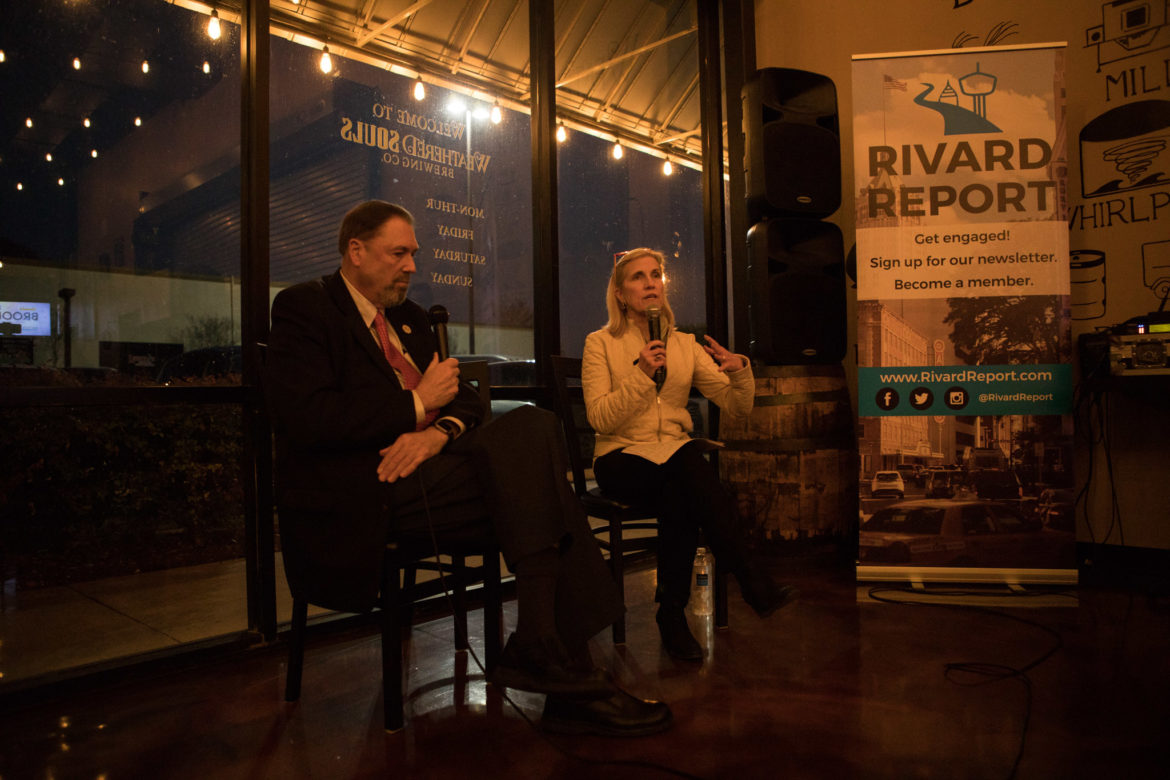 (From left) Councilman John Courage (D9) and Rivard Report Editor-In-Chief Beth Frerking engage in a discussion at the Rivard Report Conversations with the Council series at Weathered Souls Brewing Co.