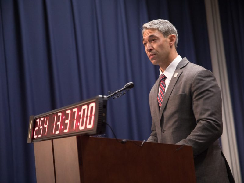 Mayor Ron Nirenberg asks the San Antonio Professional Fire Fighters Union to join in contract negotiations as he stands behind a time clock marking the time since the last contract expired.