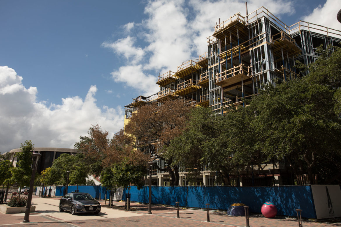 """""""The '68"""" apartment complex next to Hemisfair's Yanaguana Garden will feature 151 units, 45 percent of which will be for residents making below the city's median income."""