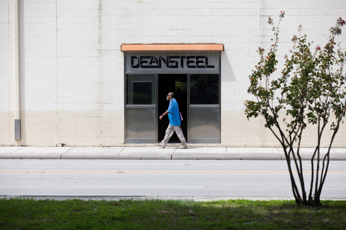 Deansteel Manufacturing at 931 South Flores.