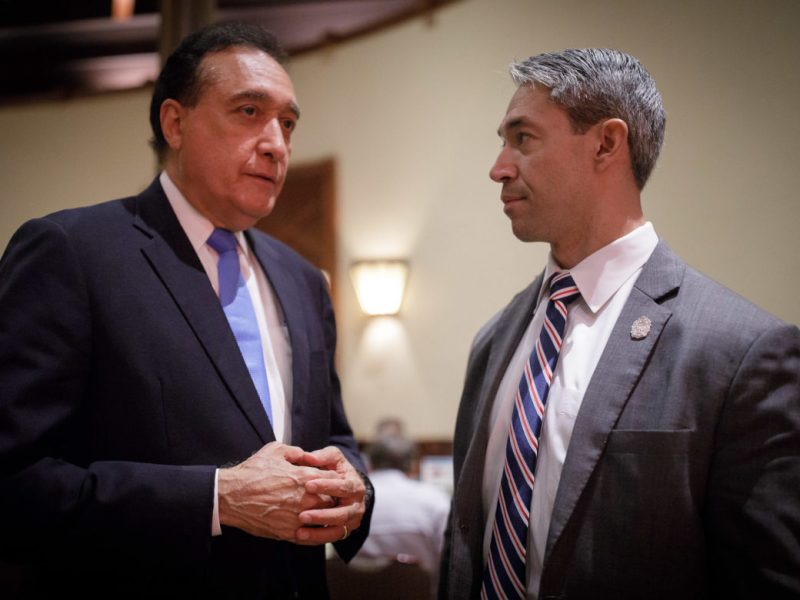 Henry Cisneros meets with Mayor Ron Nirenberg prior to the luncheon.