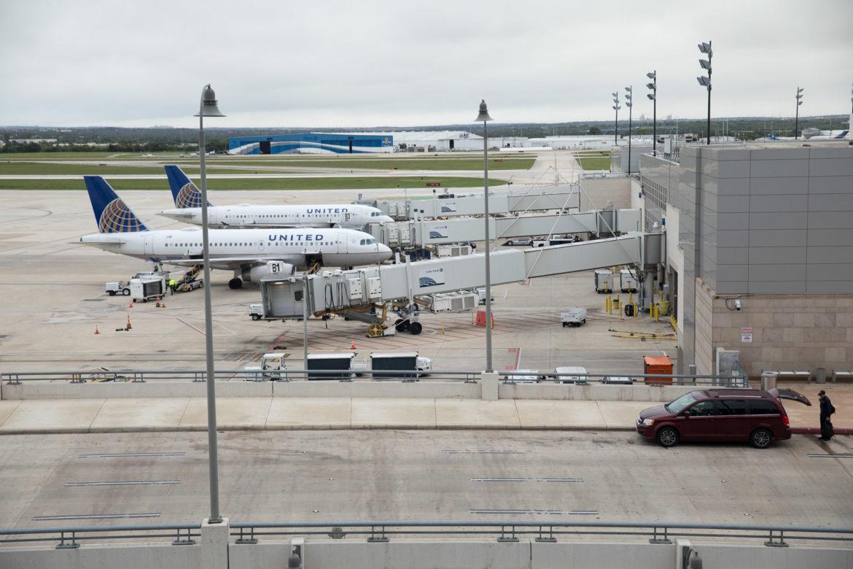 United Planes at the San Antonio International Airport