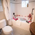 A bathtub inside Inn on the Riverwalk.