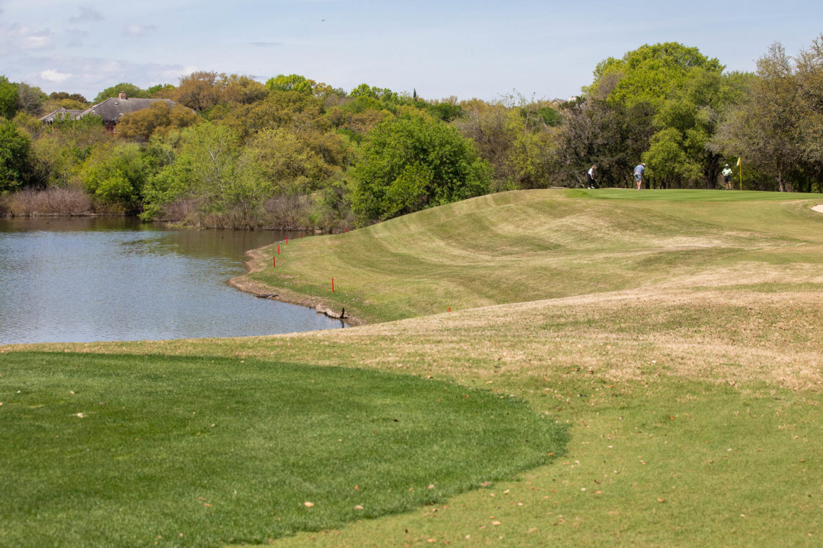 The Silverhorn Golf Club features many species of wildlife, trees, and a few bodies of water.