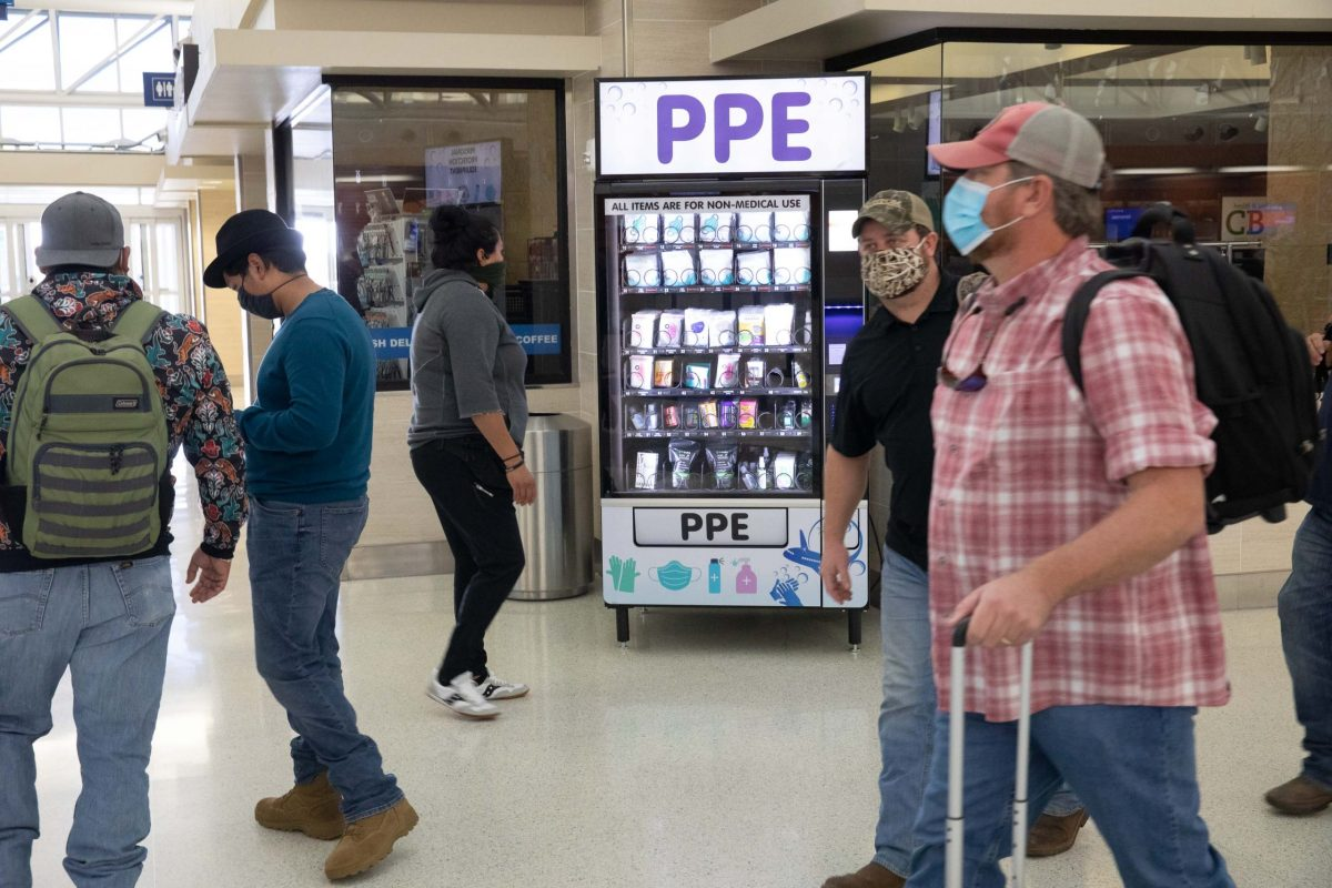 Mayor Ron Nirenberg amended a local emergency order to mandate masks be worn throughout the San Antonio International Airport and aboard aircraft.