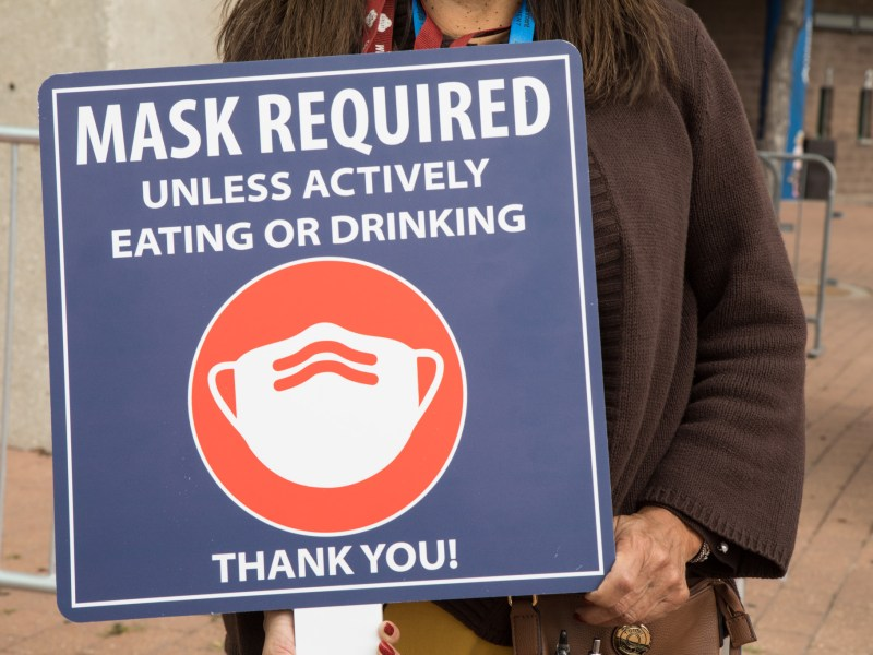 A new countywide order will require businesses to post signs displaying their COVID-19 mask policy.