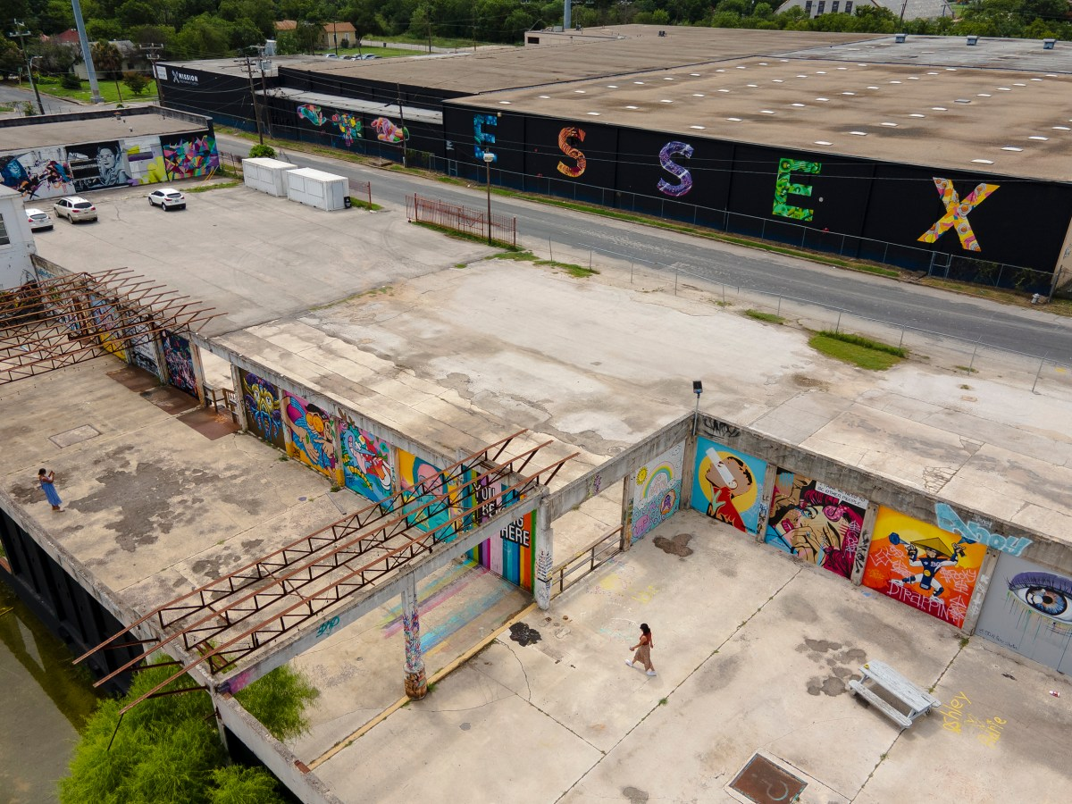 The Essex Modern City secured a $3.5 million loan and will be developed into a mix-used property featuring offices, shopping, housing and a food hall.