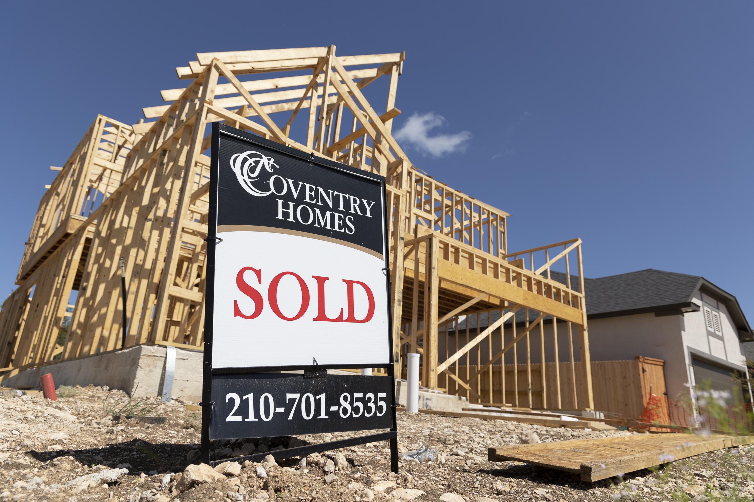 VA tweaks its home loan program for the pandemic era