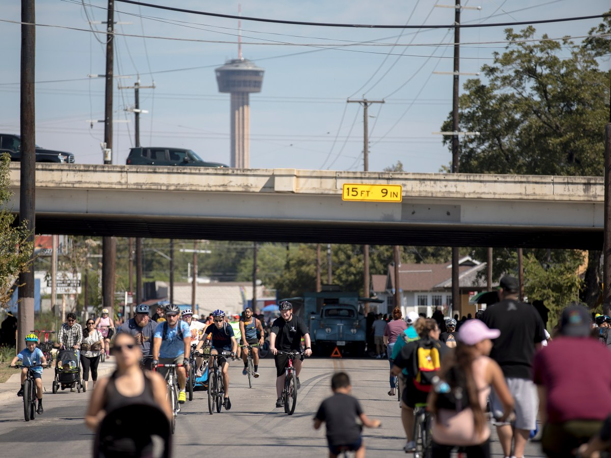 Thousands of people took to San Antonio's streets Sunday during Síclovía, the YMCA's biannual event that turns city streets into a safe place for families and friends to exercise and play.