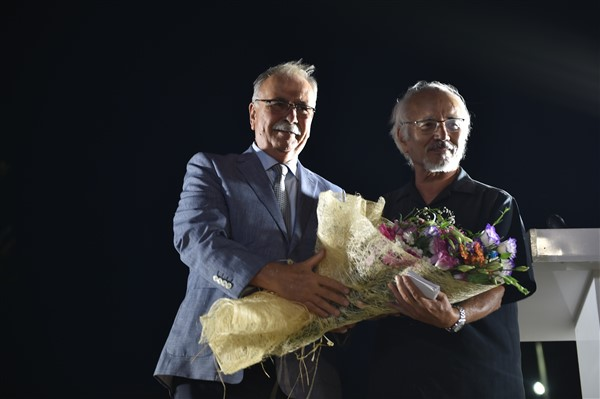 Homeros Ödülü Haluk Şahin'e verildi