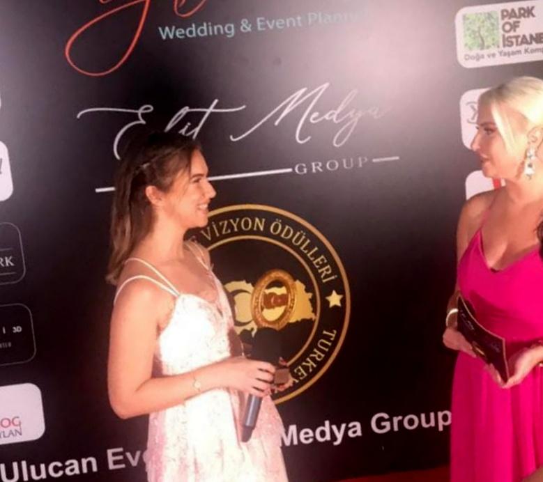 Ece Mumay'a İki Ödül Birden