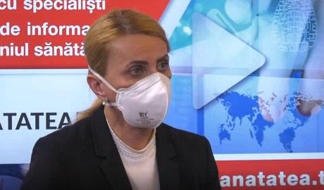 """Peste 400 de persoane, vaccinate luni la centrul de la Institutul """"Marius Nasta"""""""
