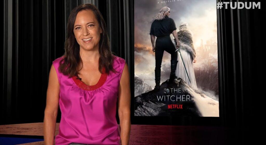 Henry Cavill e Lauren Schmidt Hissrich no painel de The Witcher do TUDUM da Netflix