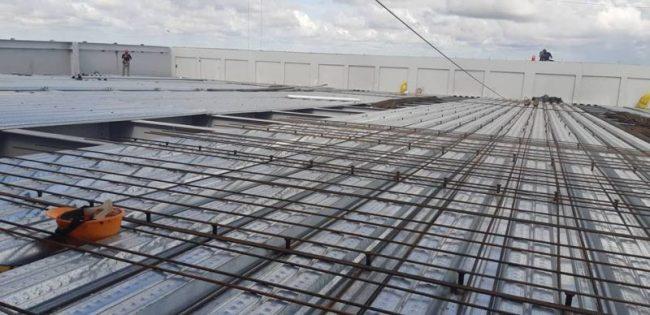 Một công trình xây dựng sử dụng sàn Deck