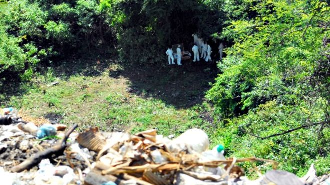 The Argentine Forensic Anthropology Team (EAAF) is not buying governments version of Ayotzinapa's 43 missing students