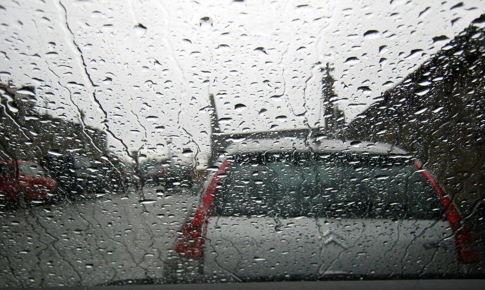 Según IMN, lluvias se reactivarían la noche de este martes en la Zona Norte
