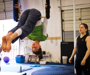 aerial3_051212_student_trapeze_BensonSquire_01_sm