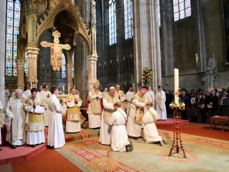 2017.04.30.-Priesterweihe-P.-Florian-und-P.Philemon-15-von-39