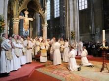2017.04.30.-Priesterweihe-P.-Florian-und-P.Philemon-20-von-39