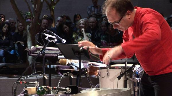 Steven Schick performing Chatter/Clatter at UCSD