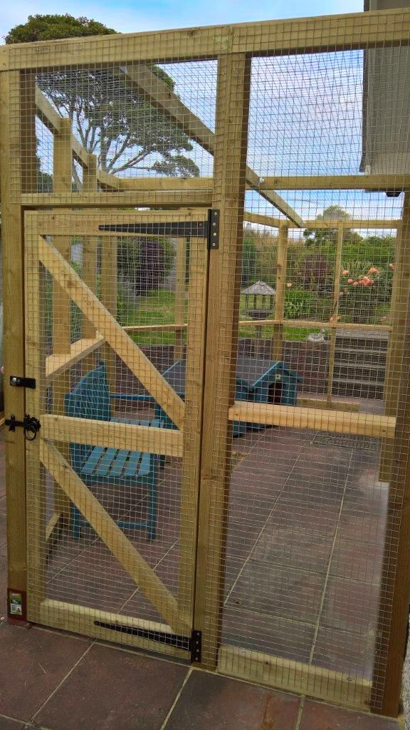Catio made by Sanctury SOS