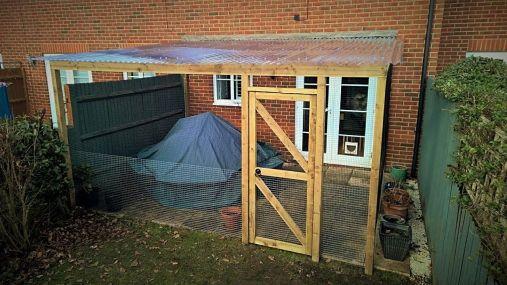 Catio type cat enclosure for garden