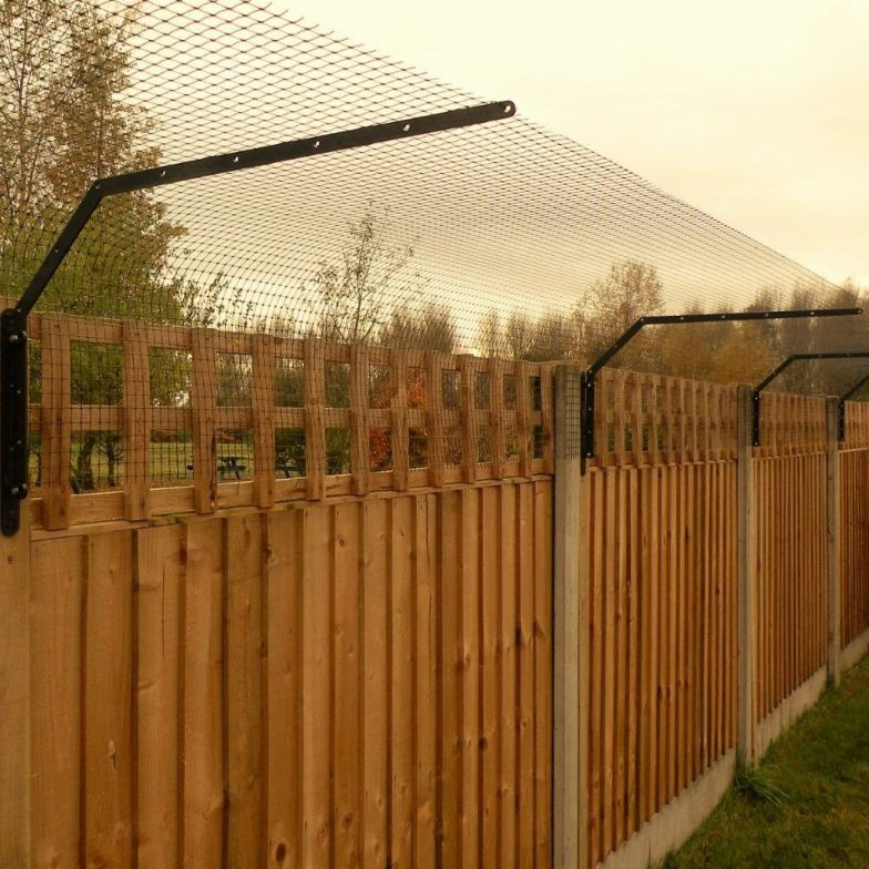Cat proof fencing in Great Britain