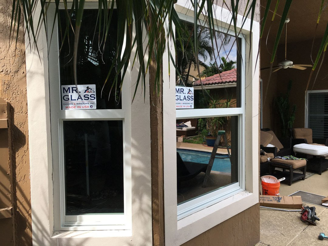 Mr. Glass Doors and Windows Singlehung Window