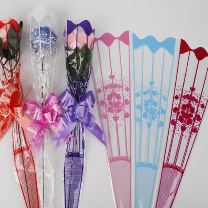 50/piece lo9*34cm Gift Packaging Transparent Poly Bag Colorful Heart Pattern Cellophane Bag for Rose