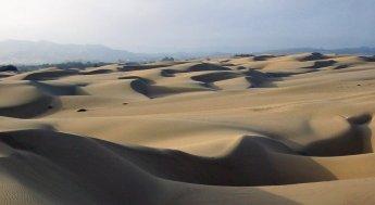 Sandboarding Oceano Dunes, Pismo Beach