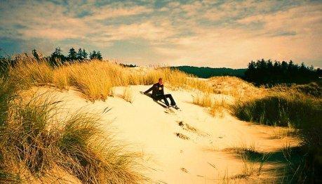 Sandboarding in Oregon Dunes