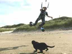 Sand kitesurfing
