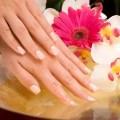 Как восстановить здоровый вид ногтей после их наращивания?