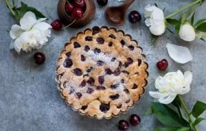 Пирог с вишней вкусные простые рецепты для мультиварки