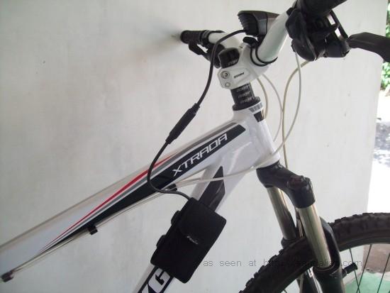 Fenix BT20 and battery holder