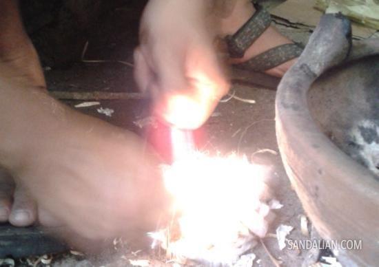 membuat api dengan firesteel